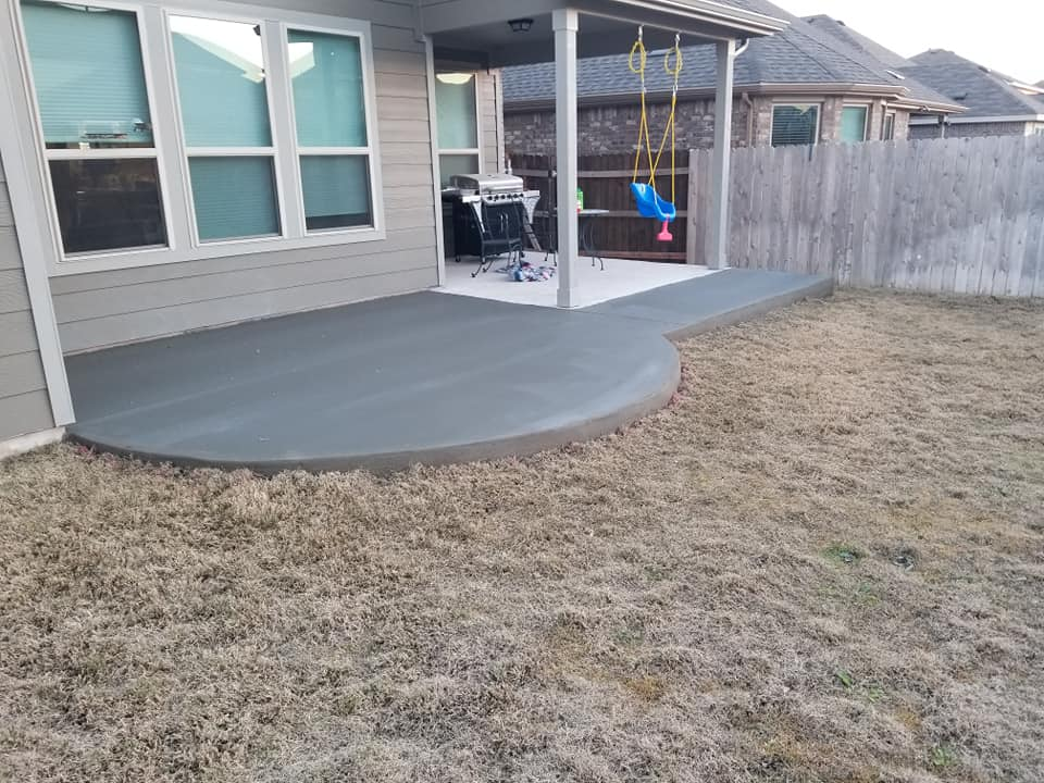 Round-Rock-Concrete-Patio-Extension